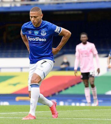 Everton x Leicester