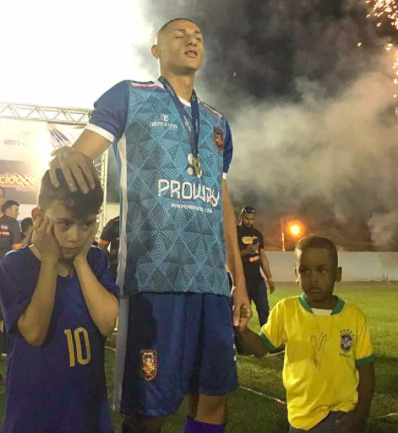 A year ago, Richarlison returned to Nova Venécia