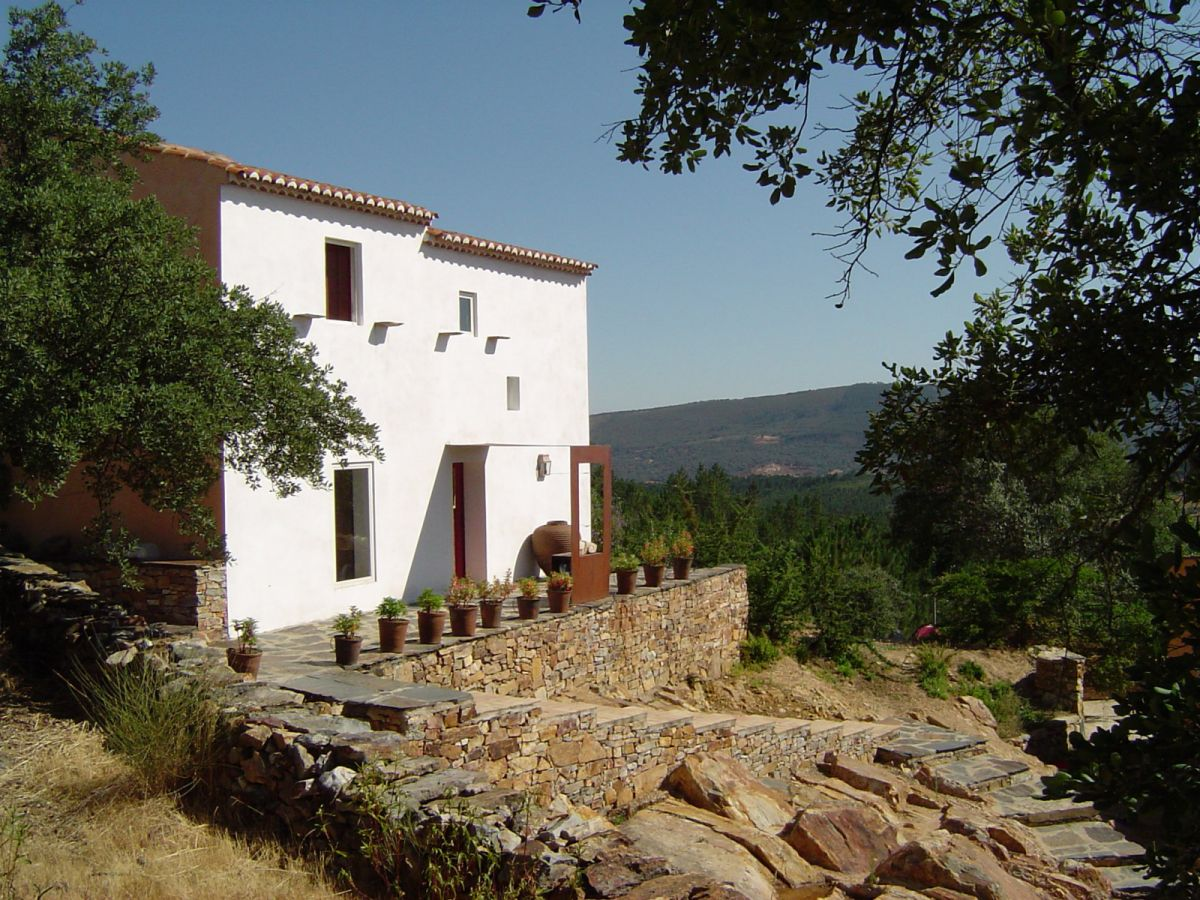 Sequeiro House