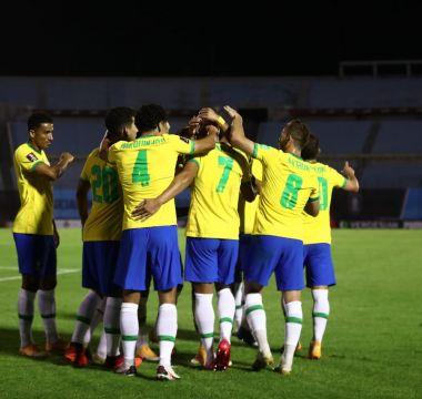 Richarlison x Uruguai 02