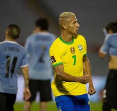 Richarlison x Uruguai 07