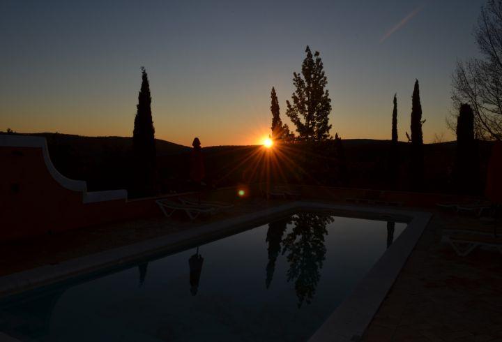 Vista de Nascer do Sol da piscina da Quinta do Barrieiro 2